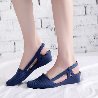 905 Jelly Shoes